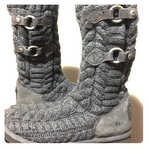 UGG Shoes - UGG Gray Knit boots!!